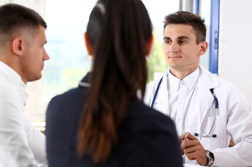 patient qui consulte son medeçin pour impuissance